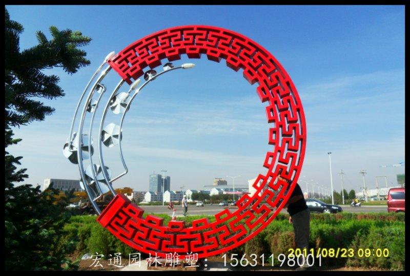 不锈钢花环雕塑 广场景观雕塑厂家