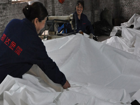 充填袋制造商-专业的煤矿双抗覆膜布充填袋供应商