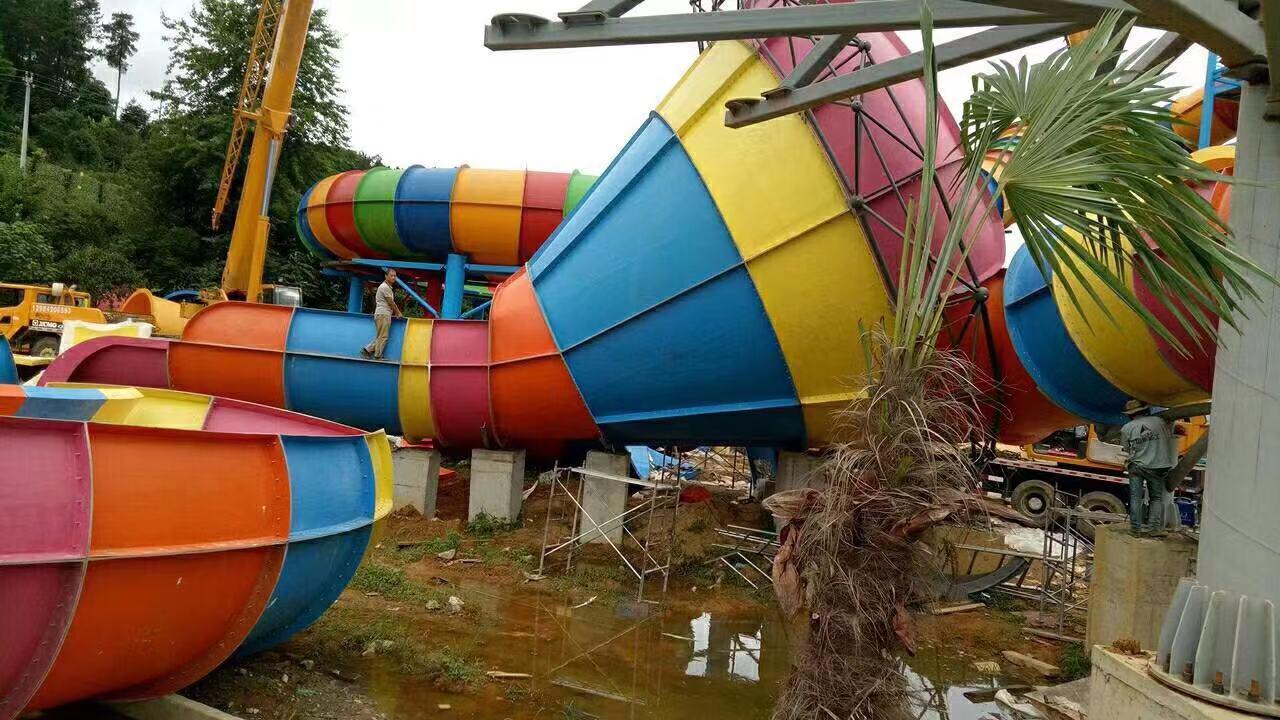 大型水上乐园设备厂家直供价格