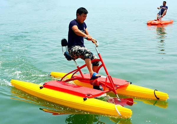 烟台水上游乐设备水上自行车