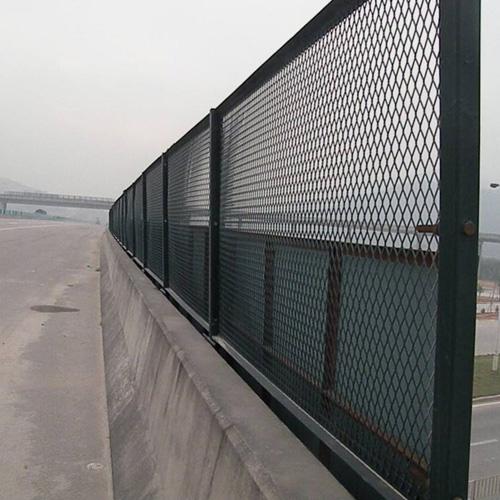 成都批发围栏网-大量出售耐用的围栏网