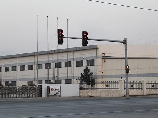 白山框架信号灯杆-怎样才能买到合格的框架信号灯杆设备