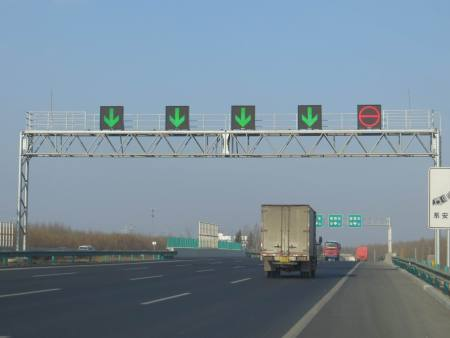 朝陽龍門架-沈陽圣澤豐交通設施供應好用的龍門架設備