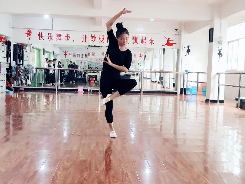 昆明舞蹈专业培训学校名列前茅_云南有口碑的提供各项艺考培训