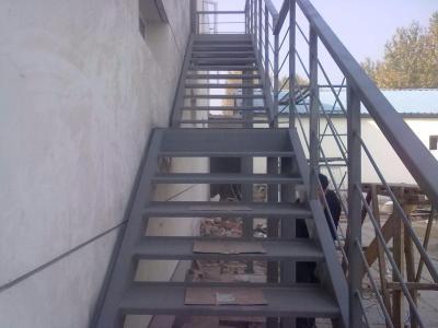 【青山建材】烟台旋转楼梯_烟台水泥沙子_烟台钢结构加固_厂家