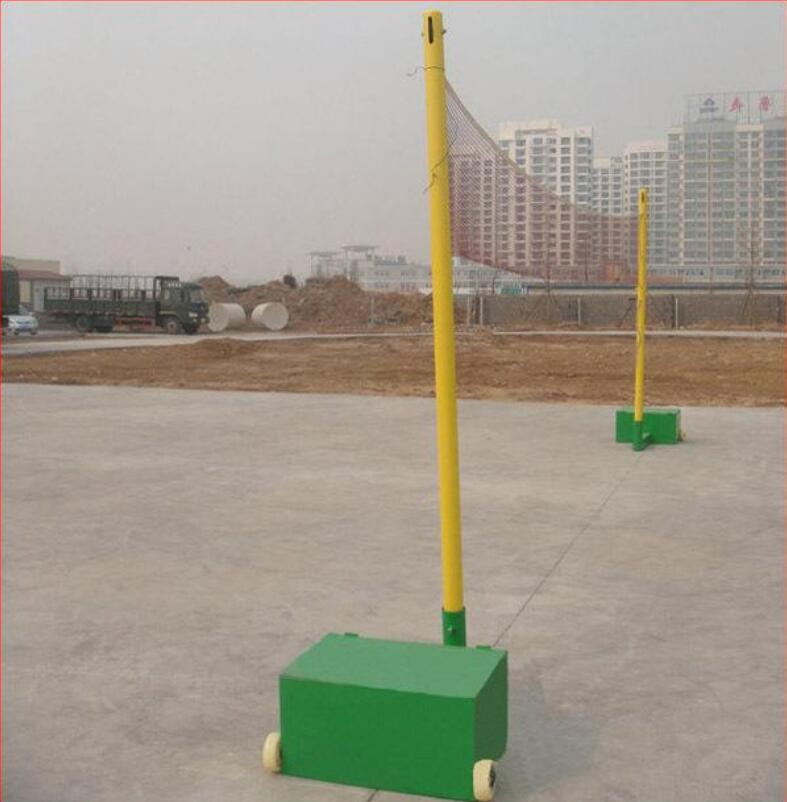 羽毛球架子|东莞市强利体育器材供应实惠的户外可移动式羽毛球架