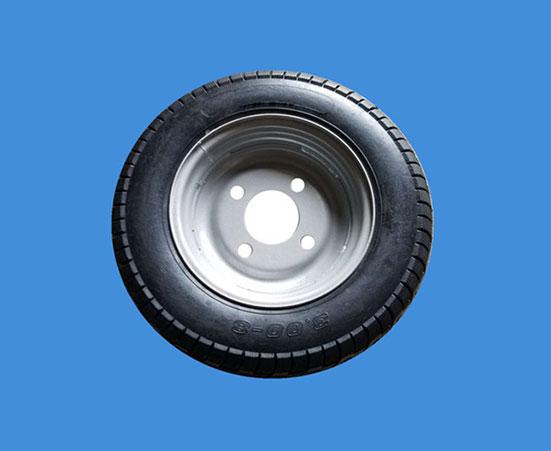 工程三輪車輪胎