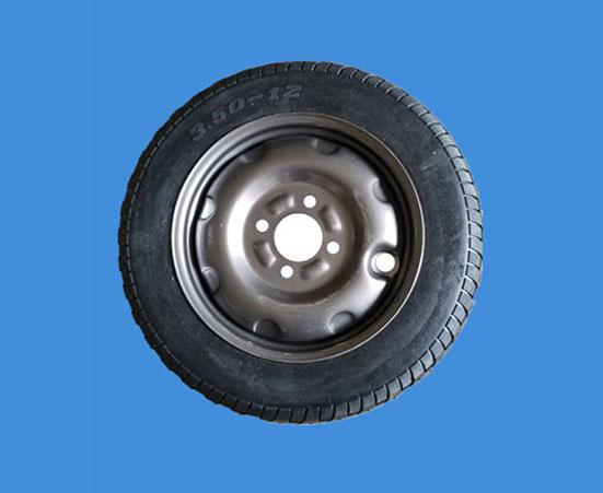 威泰輪胎價格-買高質量的工程三輪車輪胎當然是到河南遠威橡膠了