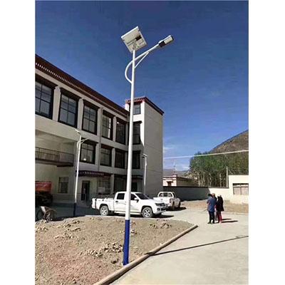 要买新的青海太阳能路灯就来西宁新海桥物业管理 西宁草坪灯公司