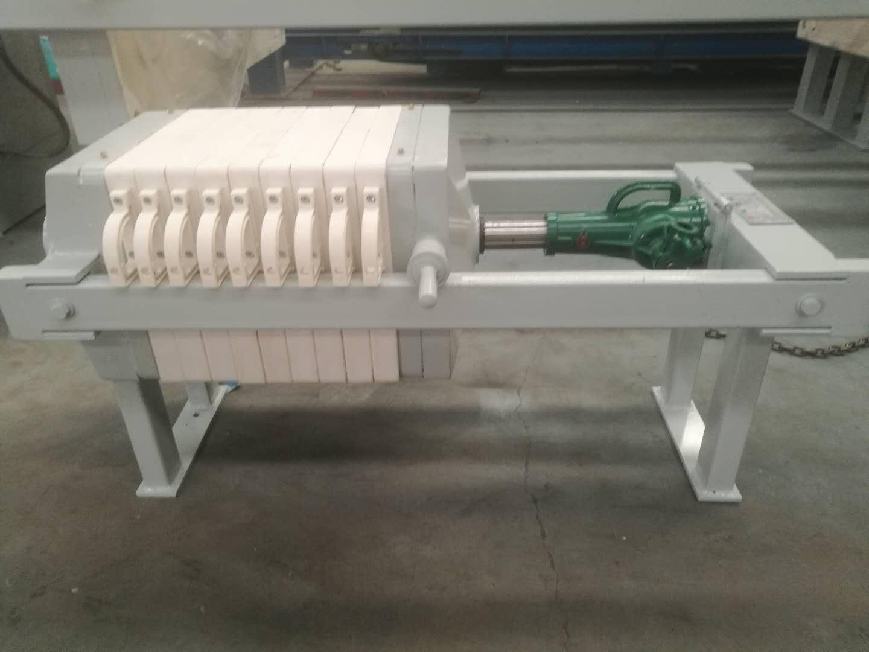 小型〖压滤机型号|供应�e河南质量良好的实验用小型厢∑ 式压滤机