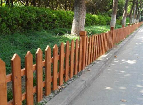 不错的防腐木围栏销售_沧州防腐木围栏哪家好