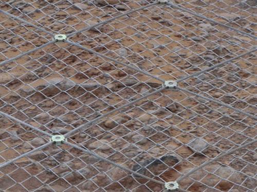 防护柔性主动边坡网_15131856266地质灾害防护主动网