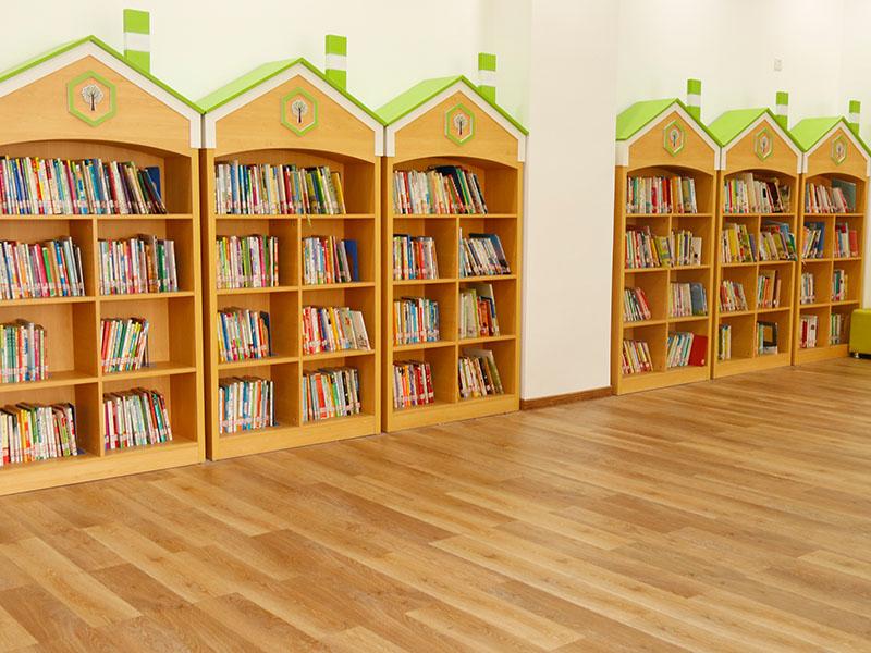 塑胶地板施工|想要购买高品质的塑胶地板找哪家