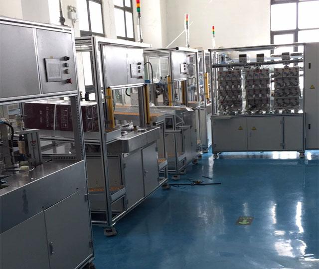 专业生产自动化设备-汽车部件的装配产线-汽车水阀气密测试设备