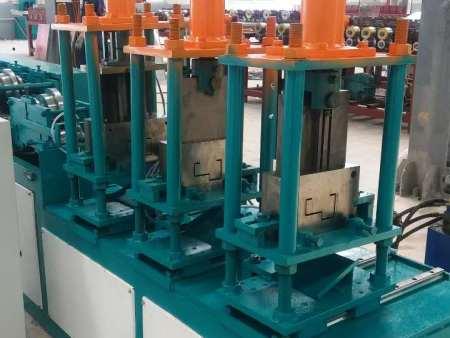 实用的门框机-找好用的门框流水线成型机就到利聚金属加工机械公司