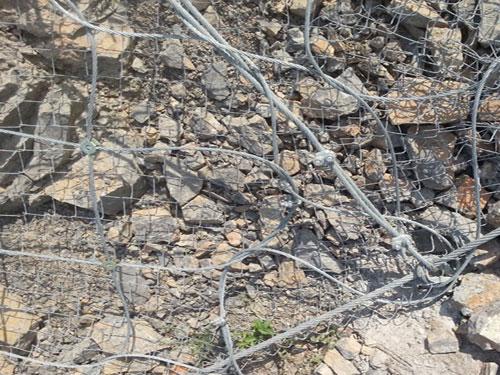 地質災害防護柔性主動網_15131856266主動防護網