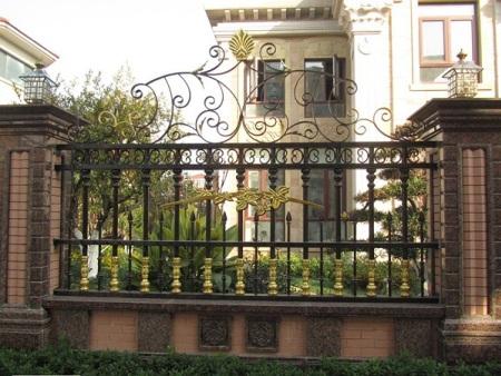 铁诚铁件提供的铁艺围栏价钱怎么样|泉州铁艺围栏