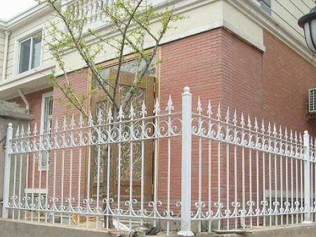 铁诚铁件_铁艺围栏量大从优-泉州铁艺围栏生产厂家
