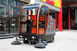 电动扫地车哪家好 专业驾驶式全封闭大型电动工业扫地车推荐