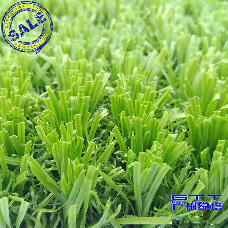 知名厂家为您推荐精良的免填充足球场人造草坪,填充草铺怎么样