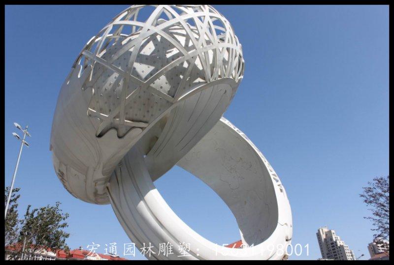 大型戒指雕塑广场不锈钢景观雕塑厂家