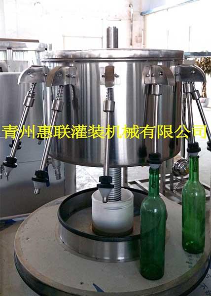 料酒灌装机 液体调料灌装设备 酱油醋灌装机 现货