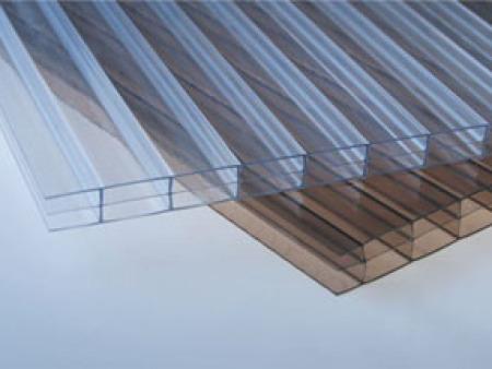 哈尔滨多层阳光板安装-名声好的多层阳光板公司