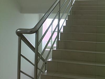 鐵藝護欄_誠摯推薦可靠不銹鋼扶手欄桿