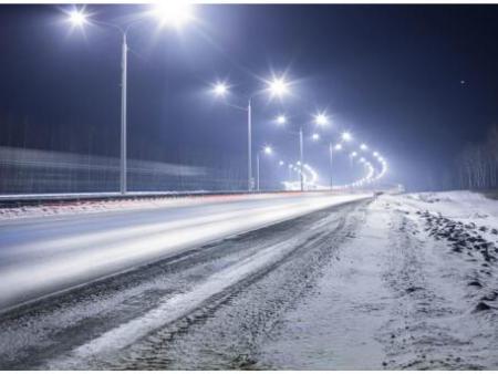 为什么冬天要用LED路灯?