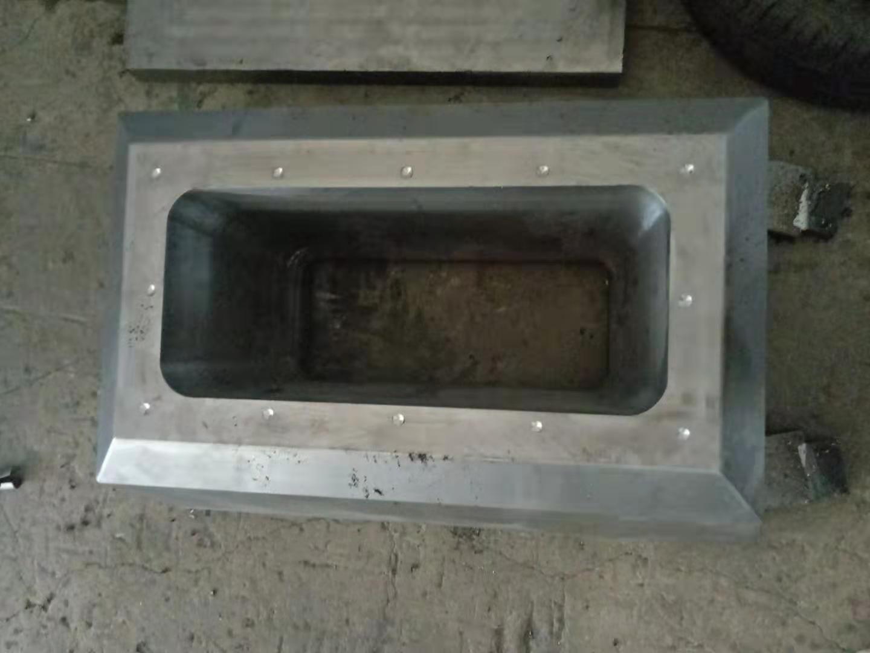 玻璃钢牛槽模压模具,玻璃钢牛槽模压模具厂家,牛槽模压模具价钱
