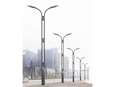 克拉瑪依中桿燈-新疆路燈價格怎么樣