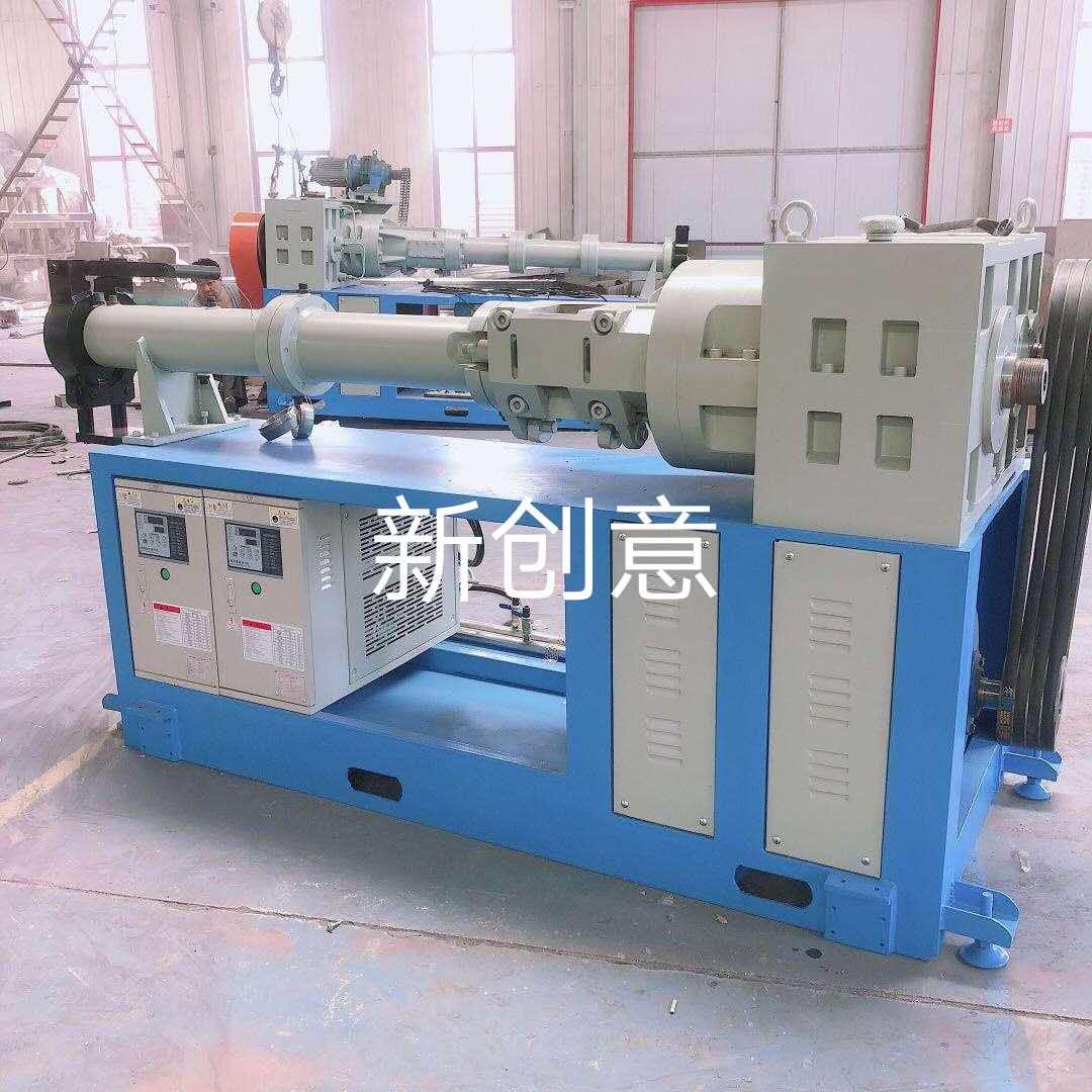 丁基橡胶挤出机,橡胶挤出机的,丁基橡胶挤出生产设备喂料系统