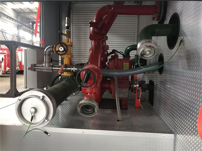 中國價格合理的東風消防灑水車 買東風消防灑水車就來湖北江南