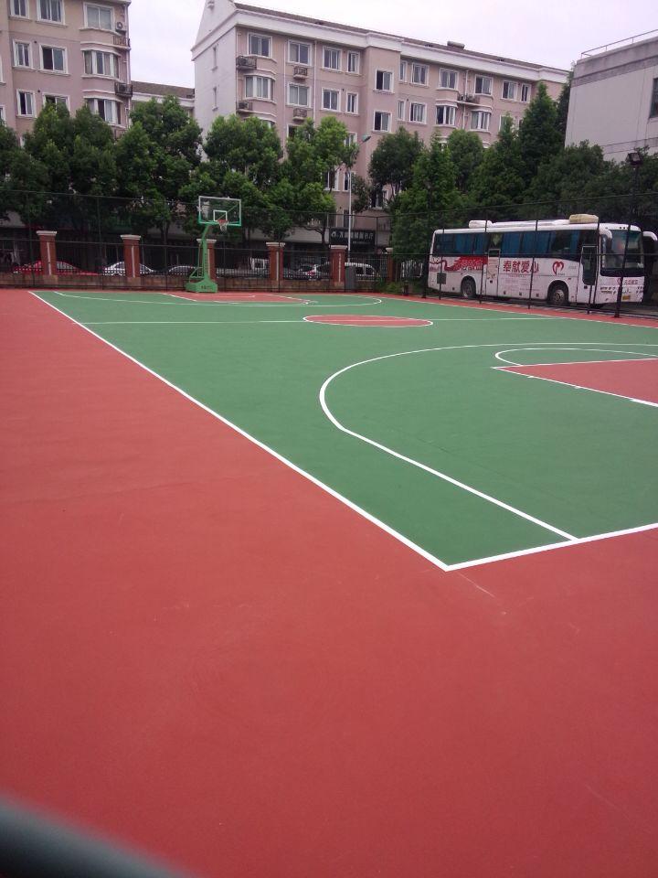 篮球场面层建设_哪里能买到耐用的塑胶蓝球场