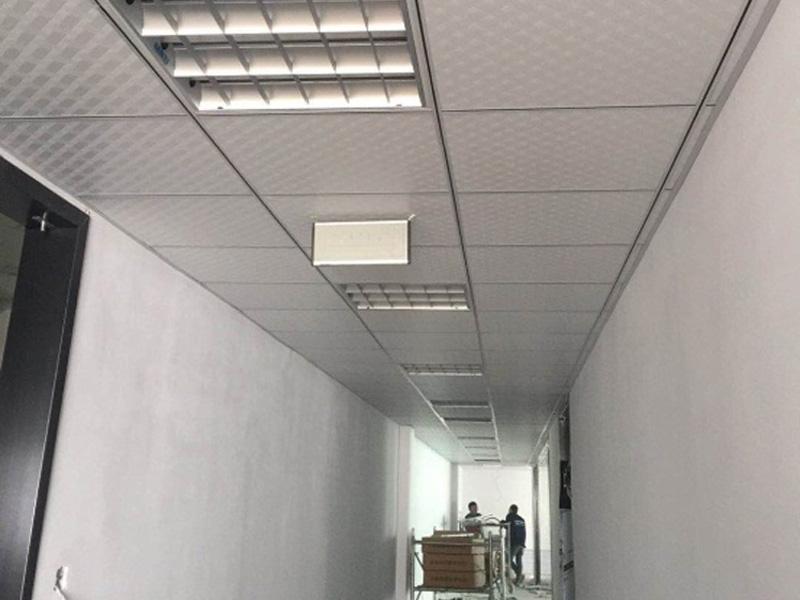 PVC石膏板和礦棉板吊頂