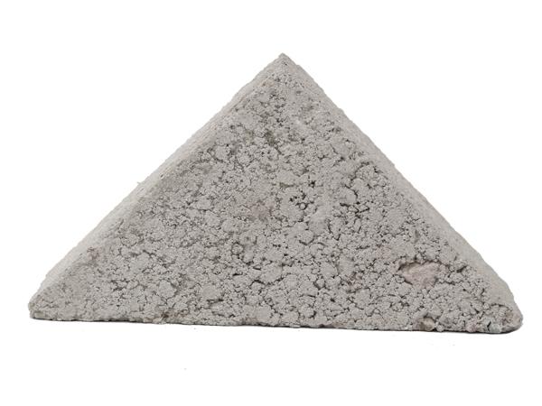 混凝土三角砖市场价格-哪有合格的混凝土三角砖厂家