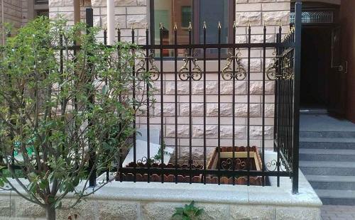 山东围墙护栏生产基地-厂家批发围墙护栏