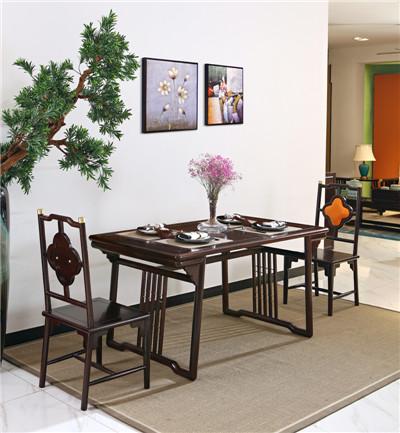 刺猬紫檀木餐桌-供应博美红木家具口碑好的红木餐桌