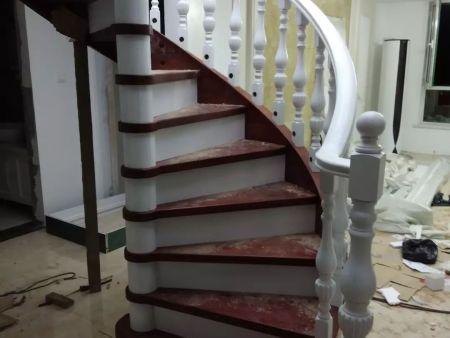 實木樓梯報價 沈陽盛森勵合實木樓梯專業供應