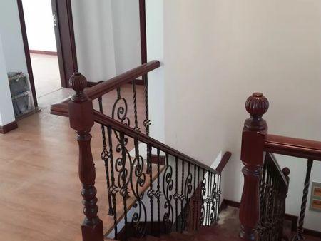 全屋定制價格 要買全屋定制就到沈陽盛森勵合實木樓梯