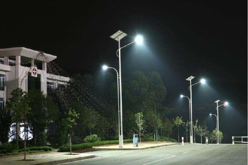 太陽能路燈的廠家-太陽能路燈的價格-甘肅綠源節能照明