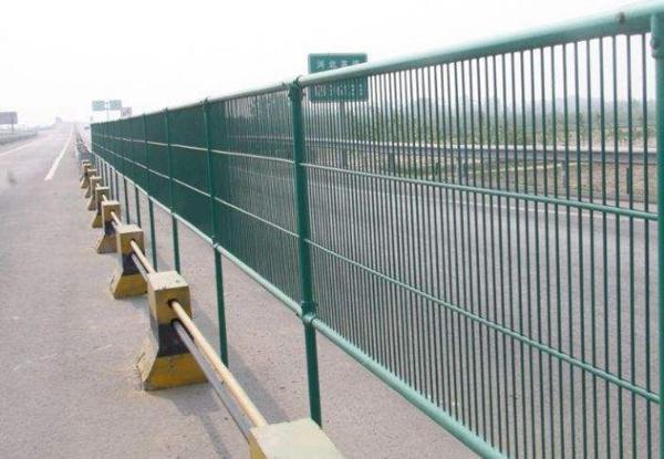 河北精创玻璃钢道路防眩网型号厂家直发质量可靠发货快