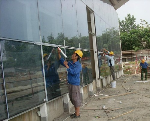 防火玻璃,建筑玻璃,玻璃的坚固性
