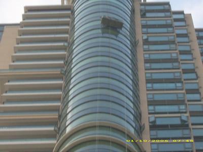 哪里有钢化玻璃,公司玻璃墙哪里有,办公玻璃墙公司