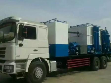 甘肃兰州油田洗井车-兰州巨腾石油钻采机械设备供应专业的甘肃压裂车
