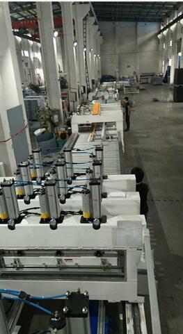 圍板箱全自動生產設備