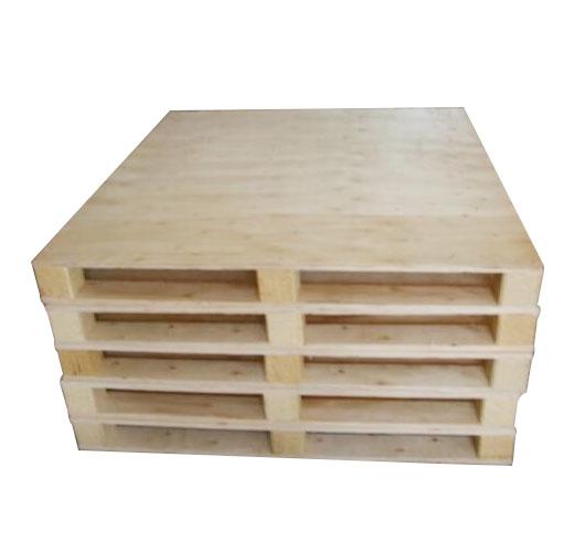 华城环保包装为您提供质量有保证的实木卡板 麻涌深圳实木卡板