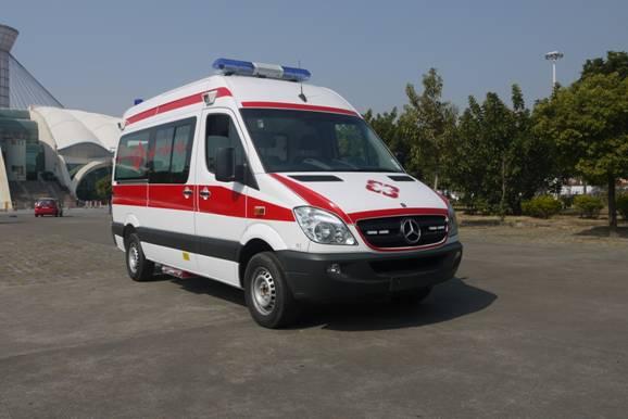 救护车厂家生产商家-专业的奔驰新威霆国六排放救护车公司推荐