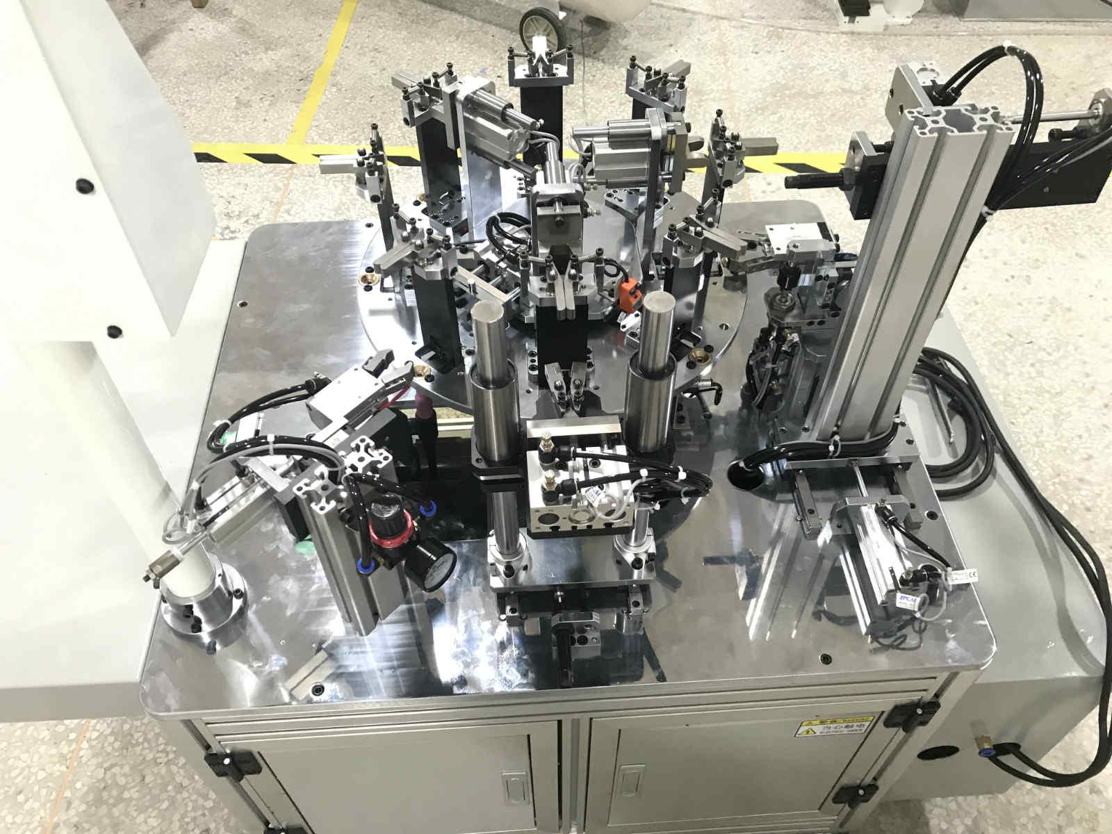 宁波非标自动化-燃具配件组装机-三极插头自动组装机