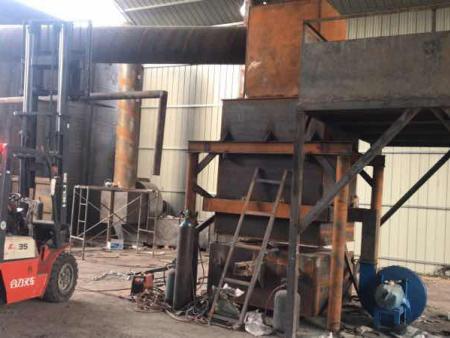 西藏炼铅炉设备厂家-山东专业的废电瓶炼铅炉设备哪里有供应